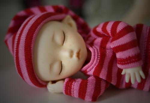 eliska sleeping 032711-1
