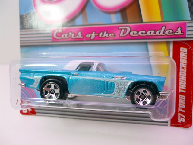 hot wheels cars of the decades '57 Ford Thunderbird (2)