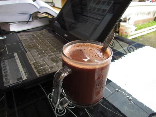 Cokelat dan Siang