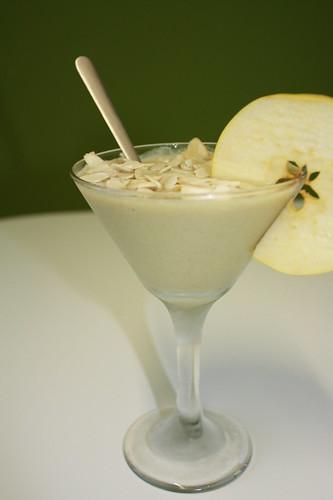 Apple Almondilla Smoothie