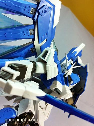 Building MC RX-93-2 Hi Nu Gundoom Gundam (28)