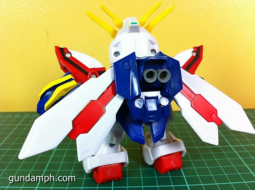 SD Archive God Gundam (22) Out Of Box Review