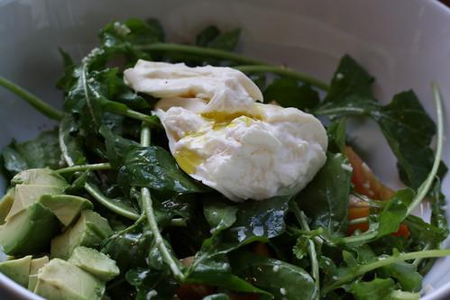Arugula salad w/heirloom tomatoes, avocado & burrata