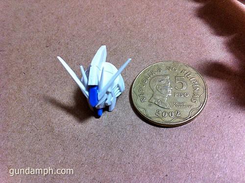 Building MC RX-93-2 Hi Nu Gundoom Gundam (8)