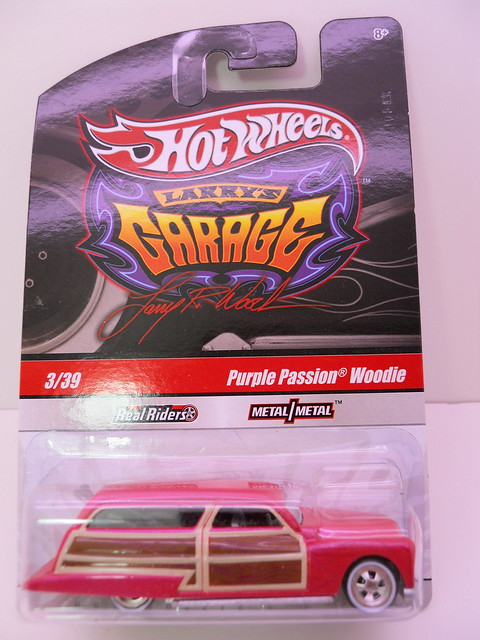 hot wheels larrys garage purple passion woodie (1)