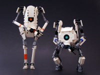 ATLAS and P-body of Portal 2 in Lego form. : gaming