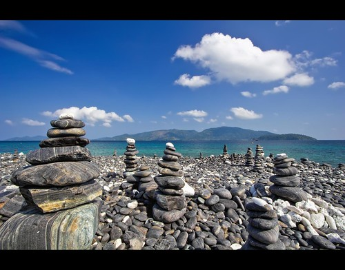 Thailand's Stonehenge ? by I Prahin | www.southeastasia-images.com