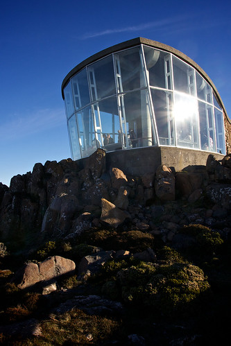 Mt Wellington Observatory by BaboMike