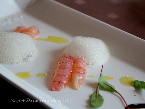 Scampi with foam of oranges