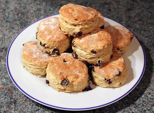 Cinnamon and Raisin Scones (4/4)