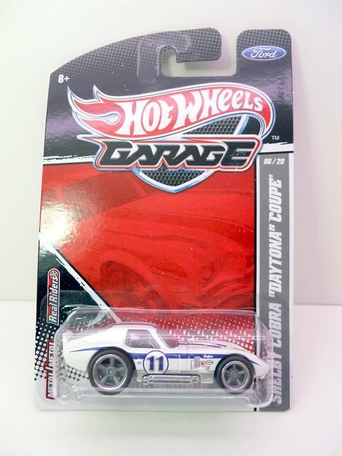 hot wheels garage shelby cobra daytona coupe (1)