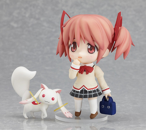 Nendoroid Kaname Madoka: School Uniform version