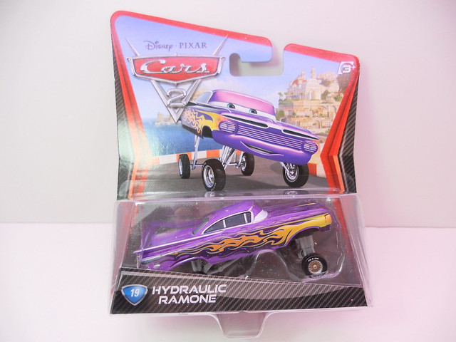 disney cars 2 hydraulic ramone (1)