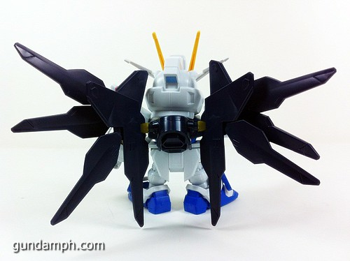 pics SD Strike Freedom Gundam (4)
