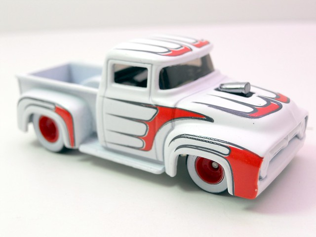 hot wheels waynes garage custom '56 ford truck (2)