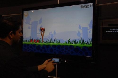 LG Optimus 2X dual display - Angry Birds