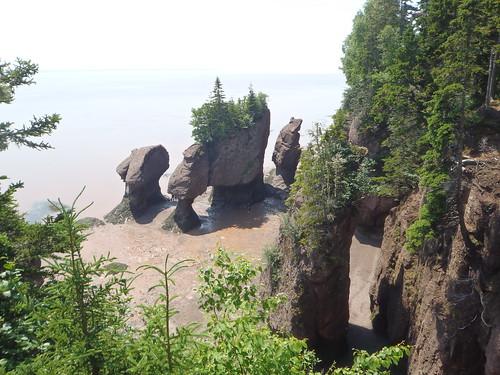 Flowerpot rocks, NB