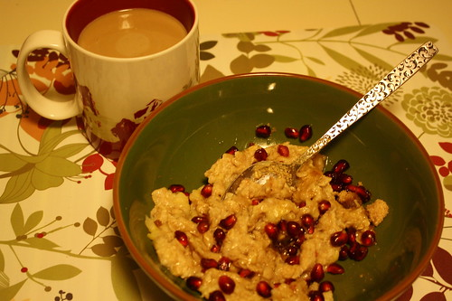 coffee and oats with pom arils