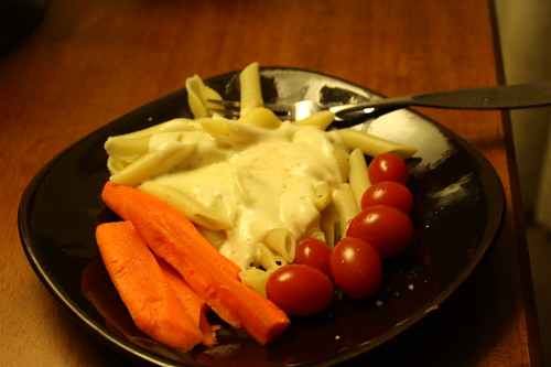 fettucine alfredo, carrots, grape tomatoes