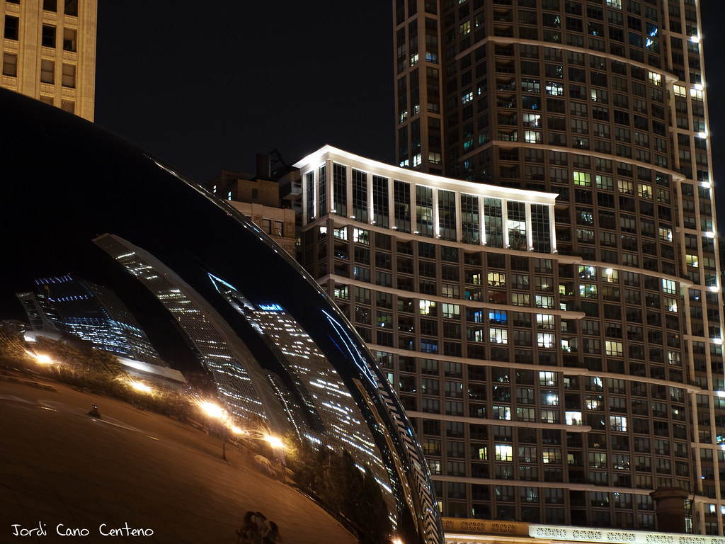 The Bean, Millenium Park, Chicago. Nocturna 02