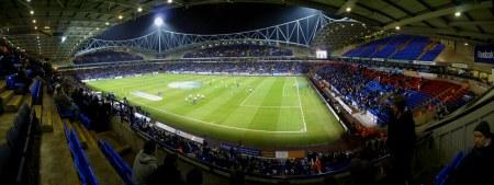 23,000 Football Fans - Silent