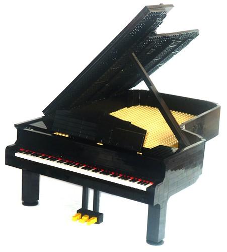Grand Piano 02