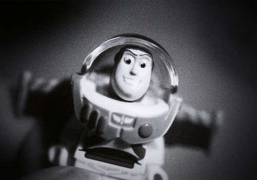 Black and white Buzz