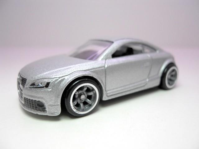 hot wheels speed machines '09 audi tts silver (2)