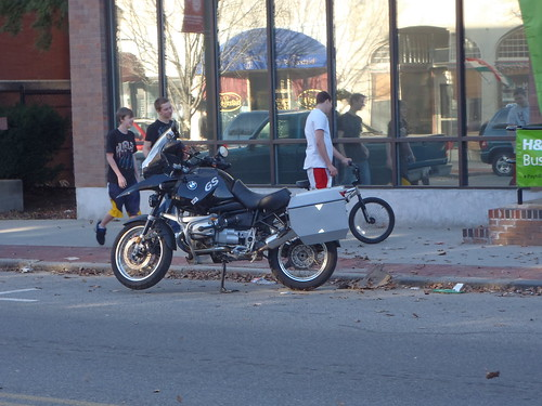BMW R1150GS with Attleboro's finest young men (note the nice PIAA lights)