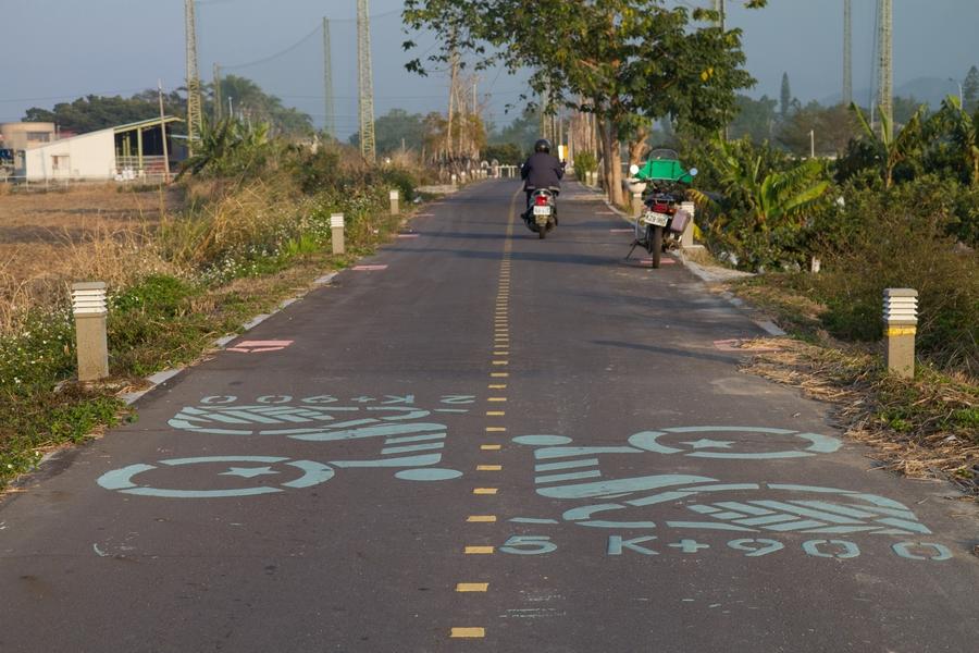 20110205_17_Bike way_06