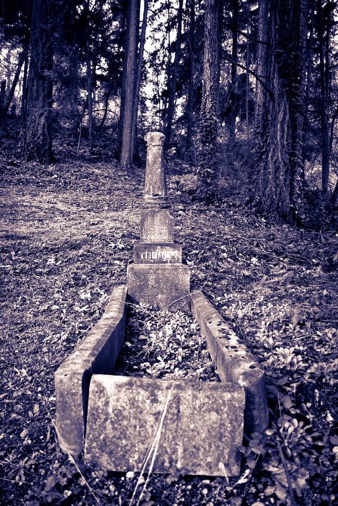Long grave
