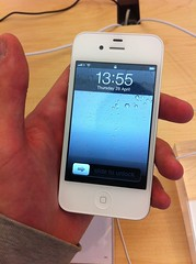 White iPhone 4 by BeauGiles, on Flickr