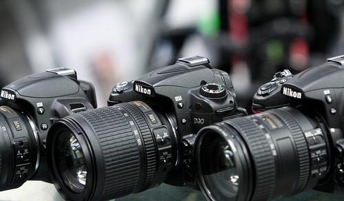 compare nikon d5100 vs d7000 vs d90 vs d3100 picturing change rh blog dojoklo com Nikon D3000 Nikon D7000