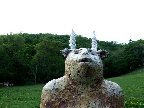 Meri Wells sculpture at Ty Isaf