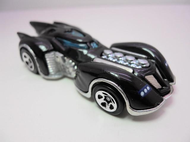 hot wheels arkham asylum batmobile (2)