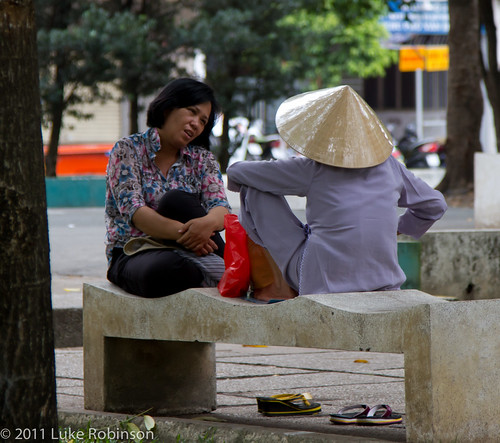 A little gossip in the park, near Pham Ngu Lao