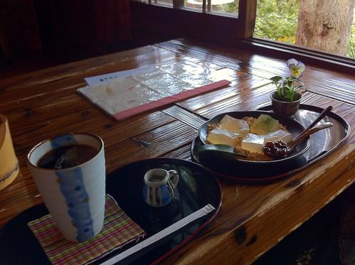 わらび餅とアイスコーヒー