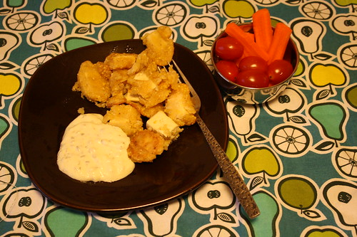 beer battered tofu, tartar sauce, carrots, tomatoes