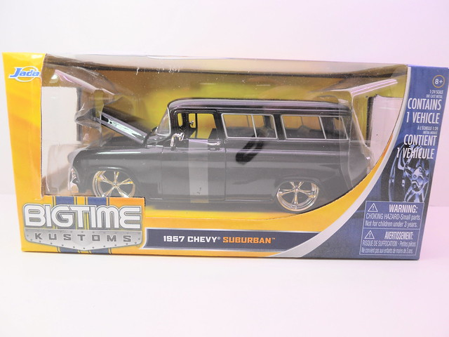 jada toys big time muscle '57 chevy suburban (1)