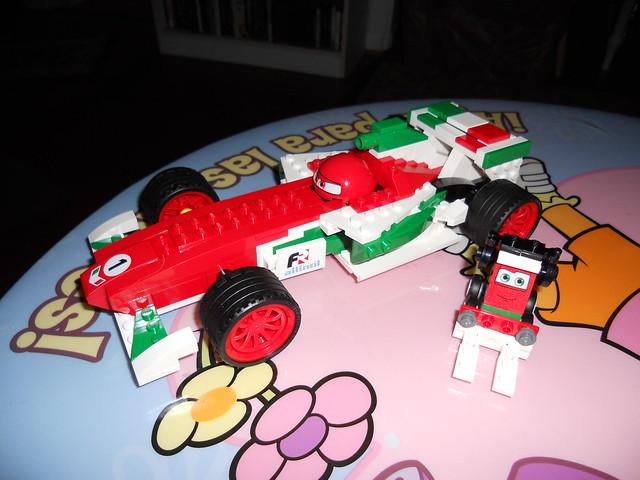 gisselle disney cars 2 lego builds (18)