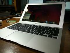 20101231:OS変わってちょっと大変:Apple 11インチ MacBook Air MC506J/A
