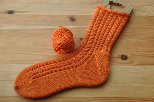 Winter Carrot socks.