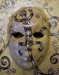 Maske_Echse_braun