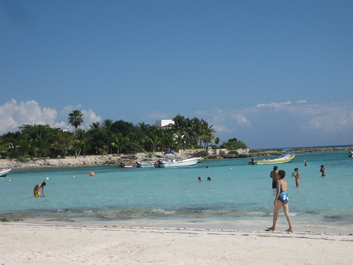 Akumal (where the sea turtles are)