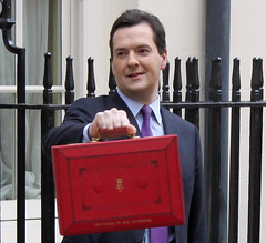 Chancellor George Osborne outside No.11 Downin...