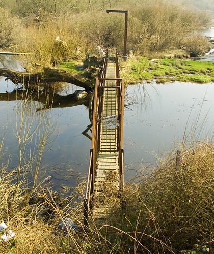 Mysterious footbridge