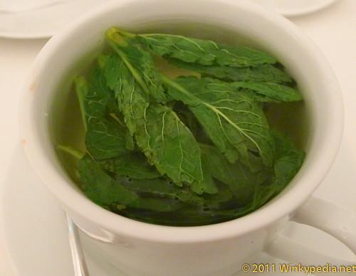 Fresh mint tea at Nopi