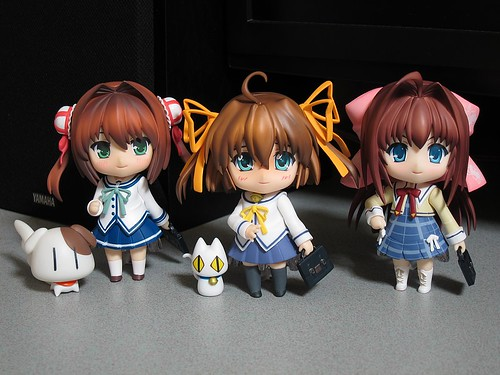 "Nendoroid Asakura Nemu, along with her ""family"""