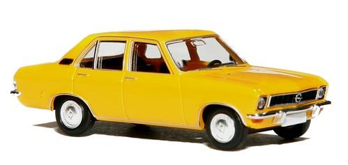 Brekina Opel Ascona (1)