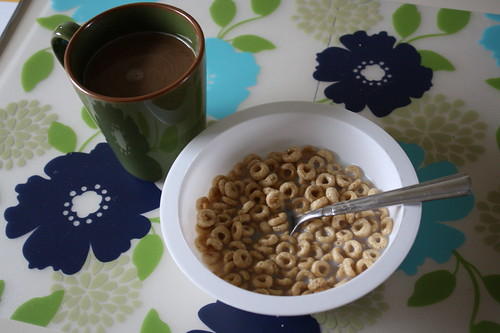 coffee, honey nut cheerios